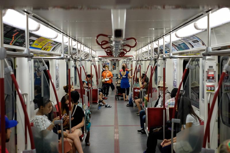 Toronto subway ()